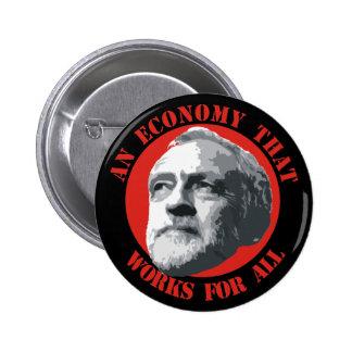 Una economía que trabaja para todos pin redondo de 2 pulgadas
