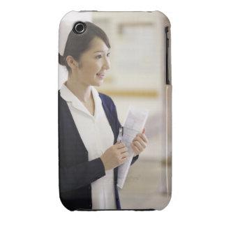 Una enfermera sonriente funda para iPhone 3 de Case-Mate