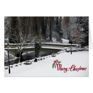 Una escena nevosa en argumentos del castillo de tarjeta de felicitación