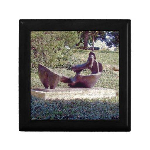 Una escultura en Kansas City Caja De Regalo