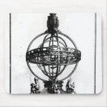 Una esfera armilar del sistema Copernican Tapete De Ratón