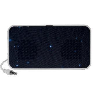 Una estrella que apresura se coge en la cámara de  iPod altavoces