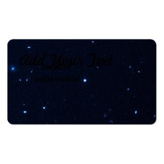 Una estrella que apresura se coge en la cámara de  tarjetas de visita