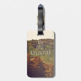 Una etiqueta épica del equipaje de la aventura etiqueta para maleta