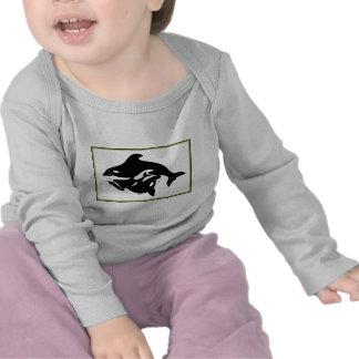 Una familia de la ballena camiseta