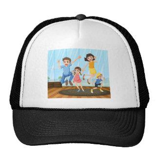 Una familia feliz gorra