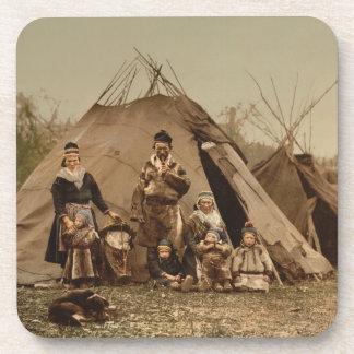 Una familia lapona noruega en Noruega a partir de  Posavaso