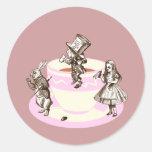 Una fiesta del té enojada pegatinas redondas