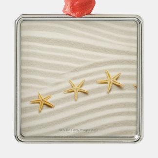 Una fila del unstraight de estrellas de mar ornamento para arbol de navidad