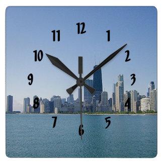 Una foto azul más profunda del horizonte de Chicag Reloj Cuadrado