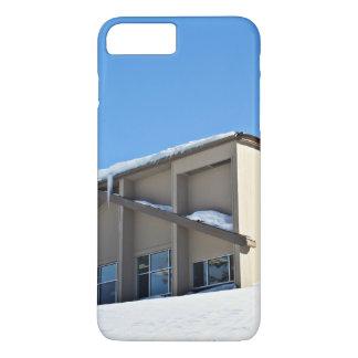 Una foto de una casa de campo del esquí funda iPhone 7 plus