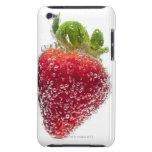 Una fruta orgánica madura jugosa de la fresa sumer iPod touch cárcasa