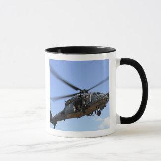 Una fuerza aérea de los E.E.U.U. HH-60 Pavehawk