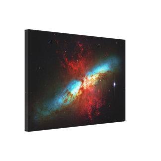 Una galaxia de Starburst - 82 más sucios (galaxia  Lona Envuelta Para Galerías