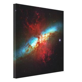 Una galaxia de Starburst - 82 más sucios (galaxia  Impresión En Lienzo Estirada