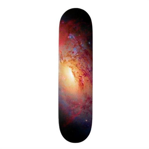 Una galaxia espiral más sucia M106 Skate Board