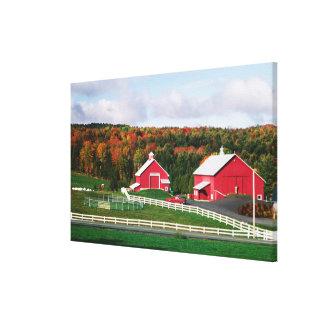 Una granja en Vermont cerca de Peacham. LANZAMIENT Lona Envuelta Para Galerias