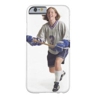 una hembra caucásica adolescente en un jersey funda barely there iPhone 6