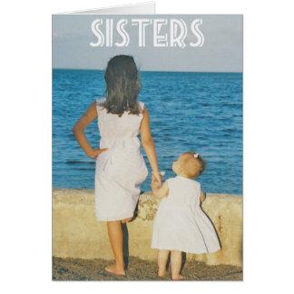 Una hermana es una de las cosas más agradables que tarjeta pequeña