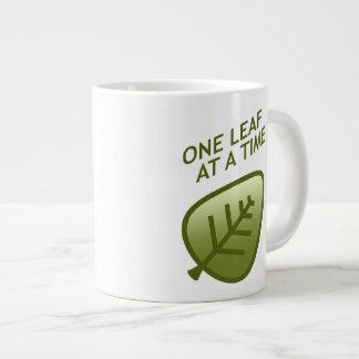 Una hoja a la vez taza extra grande
