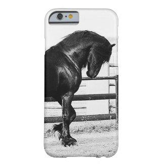 Una humildad de los caballos funda de iPhone 6 barely there