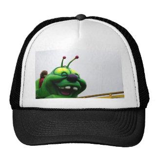 Una imagen justa torpe del paseo de la oruga verde gorra