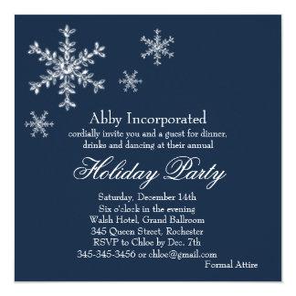 Una invitación atractiva azul del día de fiesta