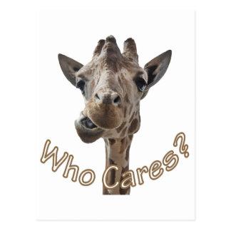 Una jirafa fresca con actitud postales