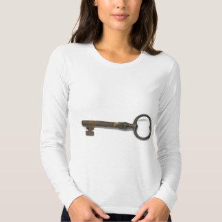 Una llave antigua camisas