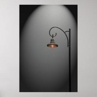 Una luz de calle sola póster