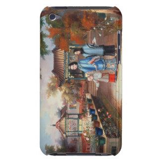 Una madre con sus niños en un jardín chino, C. Barely There iPod Coberturas