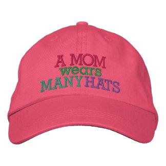 UNA MAMÁ lleva muchos gorras por SRF Gorras Bordadas