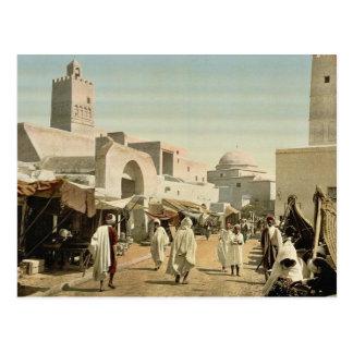 Una mezquita en la calle principal, Kairwan, Túnez Postales