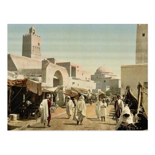 Una mezquita en la calle principal, Kairwan, Túnez Tarjeta Postal