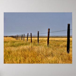 Una milla de la pradera enmarcada posters