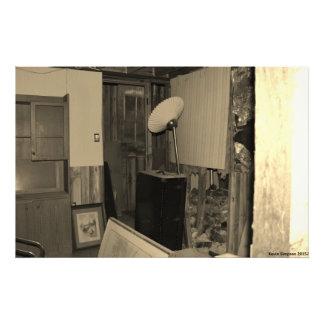 Una mirada dentro de un edificio viejo fotografía