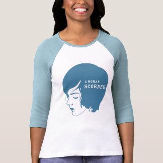 Una mujer despreciada - azul camisetas