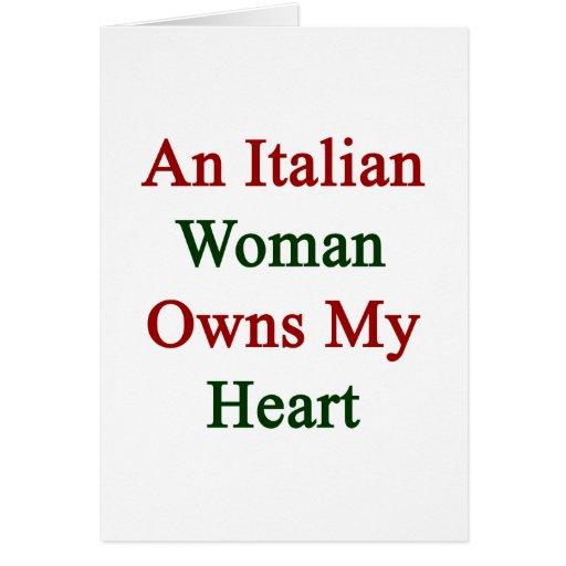 Una mujer italiana posee mi corazón tarjeta pequeña