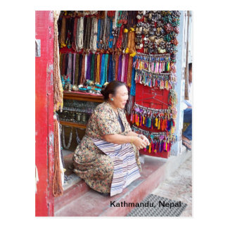 Una mujer y su tienda de la gota postal