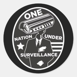 Una nación bajo vigilancia pegatina redonda