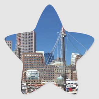 Una nave en el puerto de Boston Pegatina En Forma De Estrella