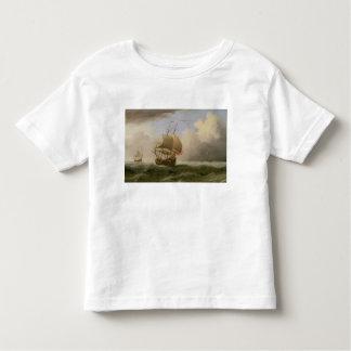 Una nave inglesa Cierre-acarreada en una brisa Camisas