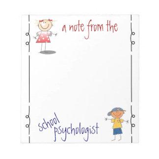 Una nota del psicólogo de la escuela libreta bloc