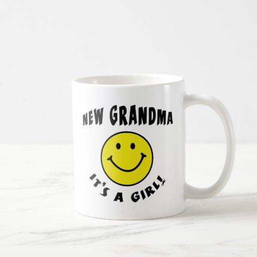 Una nueva abuela de la nueva niña tazas de café