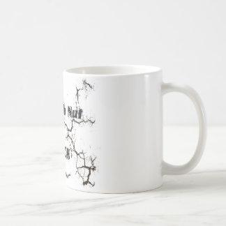 Una nuez dura a agrietarse taza