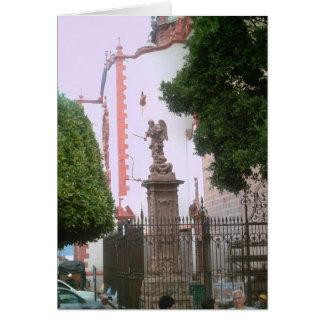 Una opinión de la calle de la cerca por la catedra tarjeta de felicitación