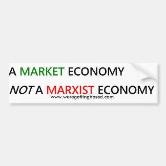 Una pegatina para el parachoques de la economía de pegatina para auto