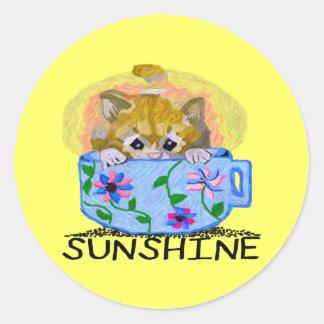 Una pequeña taza de los Sol-Pegatinas Pegatina Redonda