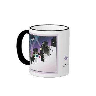 Una pequeña taza del campanero del espacio en