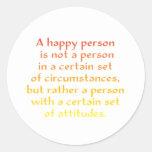 Una persona feliz no es una persona en cierto sist pegatina redonda